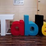 Una mesa que te dice que es una mesa